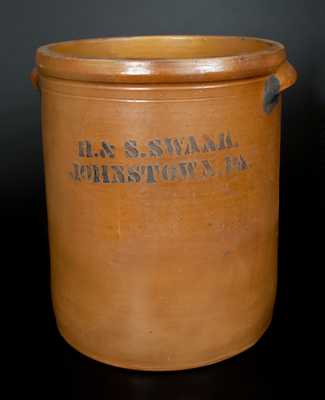 H. & S. SWANK / JOHNSTOWN, PA Stenciled Stoneware Crock w/ Cobalt Floral Decoration