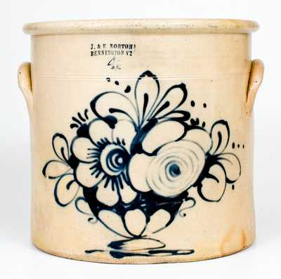 J. & E. NORTON / BENNINGTON, VT Stoneware Crock w/ Slip-Trailed Flowering Urn