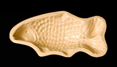 Yellowware Fish Mold, Large-Sized
