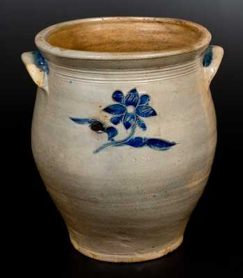 Rare att. James Egbert / Durrell Williams, Poughkeepsie, NY, late 18th century Stoneware Jar
