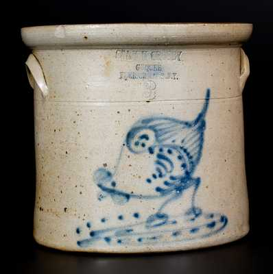 FLEISCHMANS, NY Advertising Crock w/ Pecking Chicken Decoration